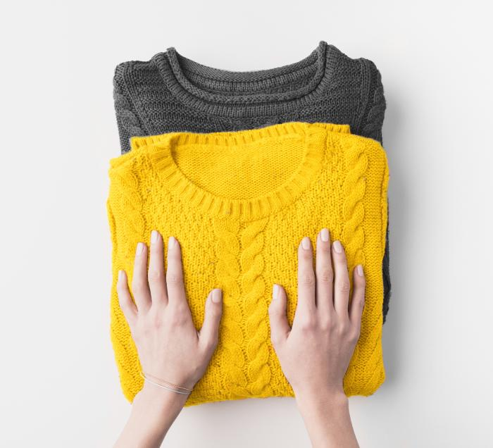 Yellow and black jumpers